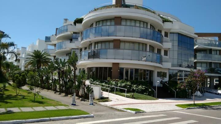 Apartamento de 2 quartos no luxuoso condomínio Jay