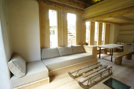 Charming hayloft of 1600  - Chalet