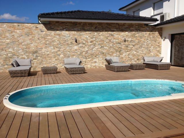 Villa de Bouliac piscine chauffée toute l'année