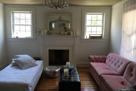 Sunny Charming Home on Hampton Park - Charleston - Ház