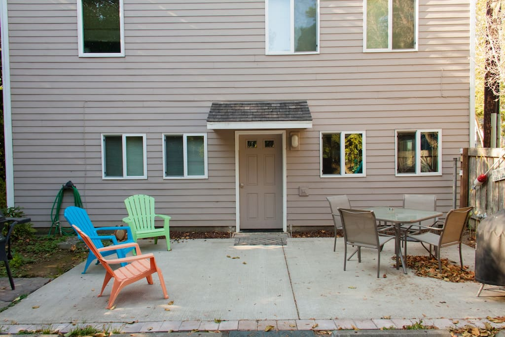 Enjoy the sun on the patio or have a cute fire at night in the fire stove (very cute).