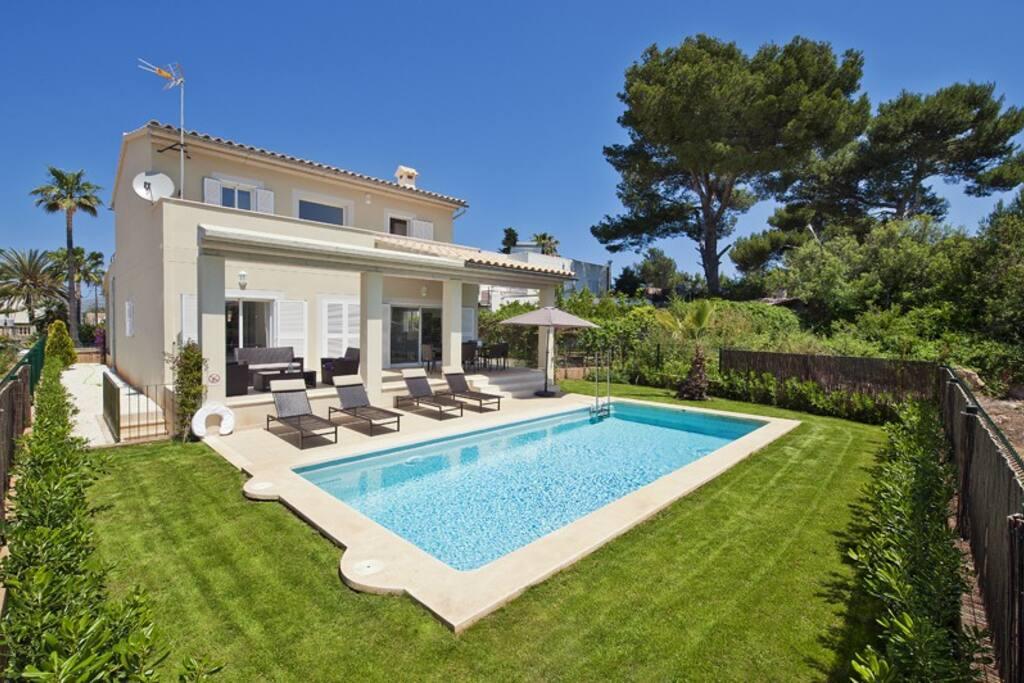 Villa mar ii casas en alquiler en alc dia islas baleares espa a - Piscina coberta l alcudia ...