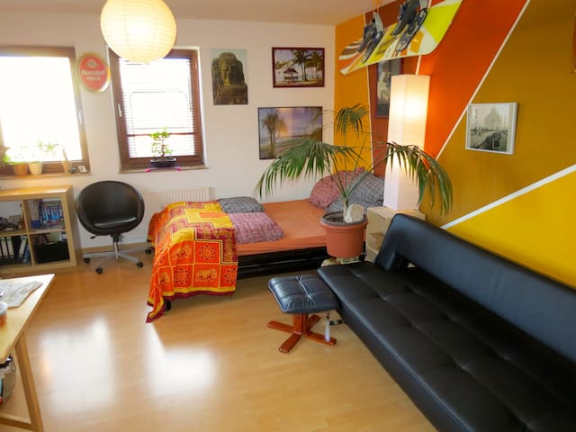 Cool & Cozy Apt in Great Neighborhd - ケルン - アパート