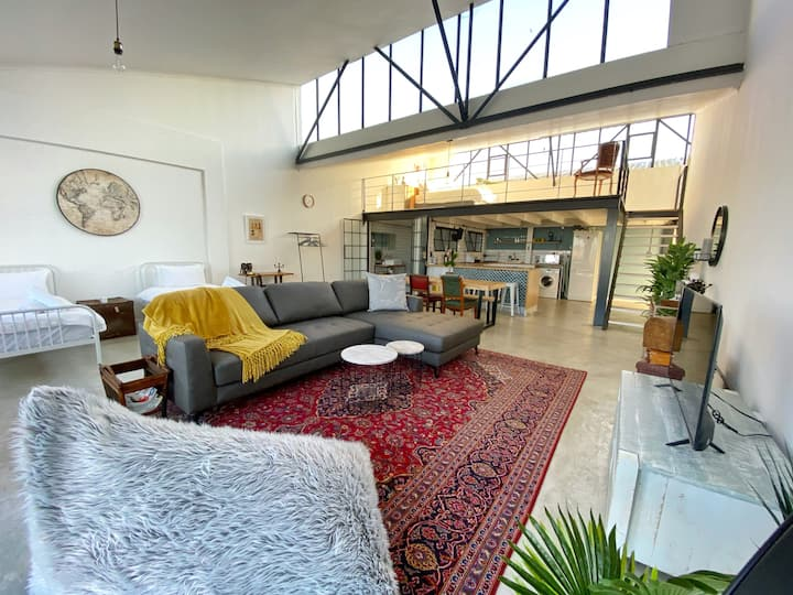 Incredible Woodstock Loft w/Rooftop Pool + Parking