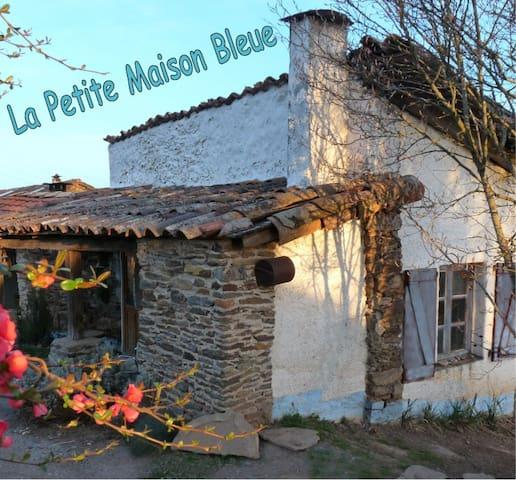 La Petite Maison Bleue - Le Fraysse - Hus