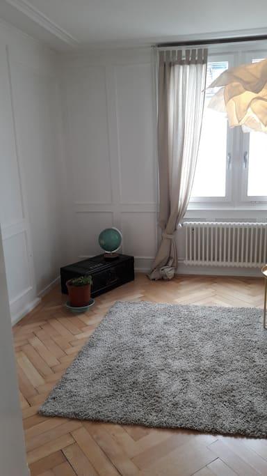 Wohnzimmer mit noch fehlendem Fernseher :)