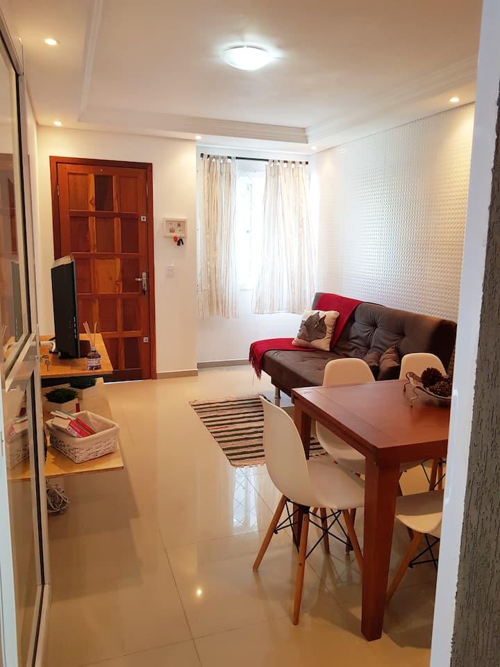 Linda Casa em Curitiba perto da PF e Cindacta