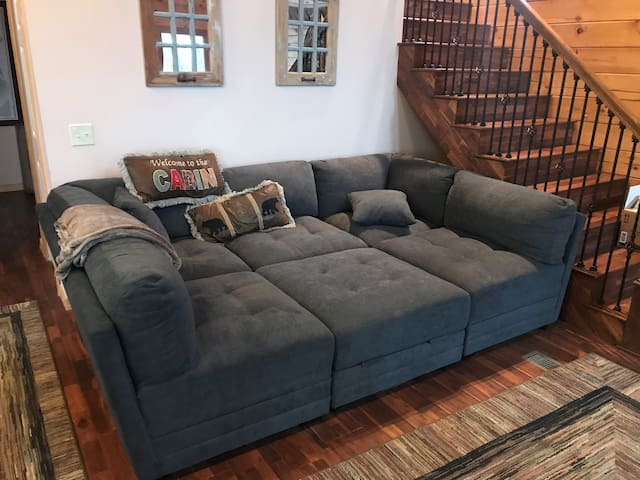 new couch pic 2
