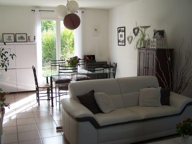 Maison pour vacances en Provence - Simiane-Collongue - Maison