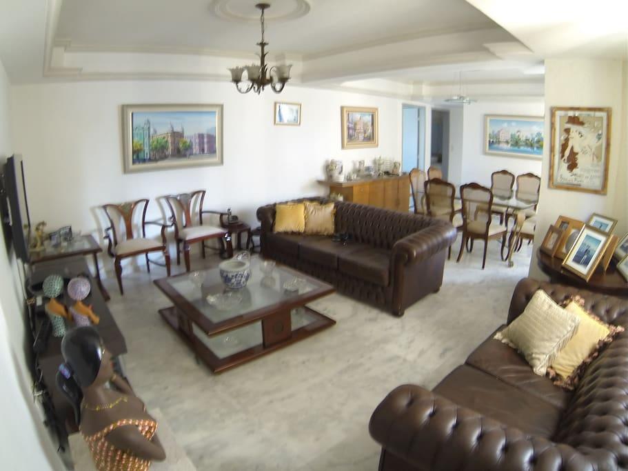 Living Room w/ Big Tv, Apple Tv, Big Table for breakfast.