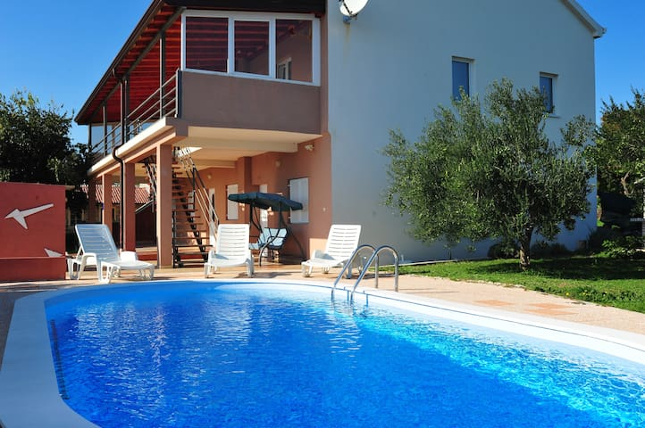 Holiday House Nadin - Zadar - Ev