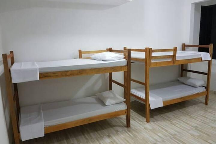Casa de Arigoffe-Quartos compartilhados(Ar cond.)2 - Salvador - House