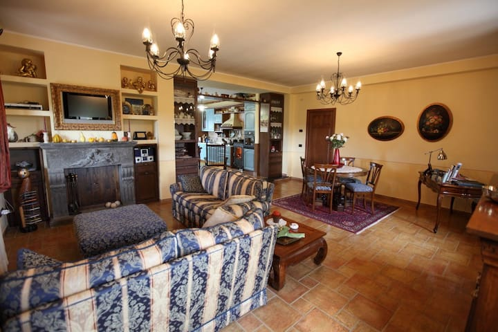 "B&B ""Country House L'Ulivo Antico""  - Rieti - Bed & Breakfast"