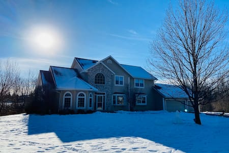 5 bedroom Ryder Cup Executive Home