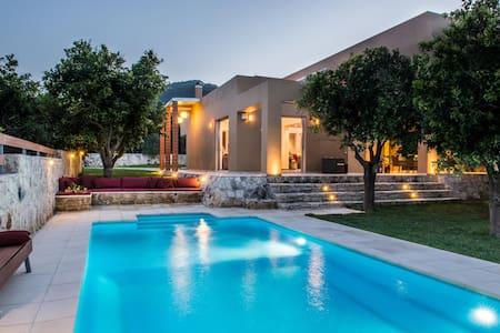 Verde Villa, Patelari Chania Crete - ハニア