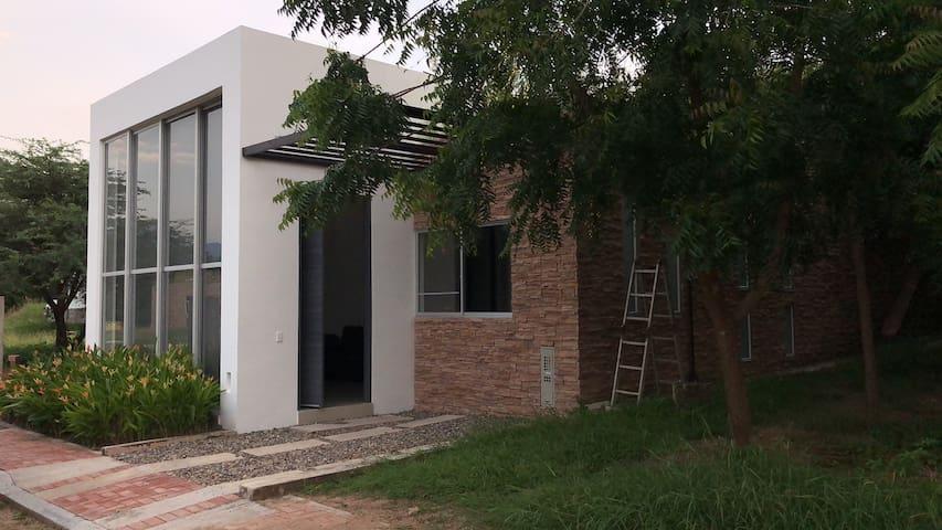 Hermosa casa en Agua de Dios, cundinamarca
