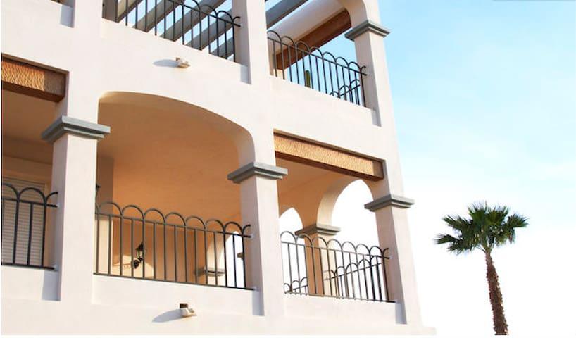 Sunny PentHouse 150 Sq meter, Four - Sant Jordi de ses Salines - อพาร์ทเมนท์