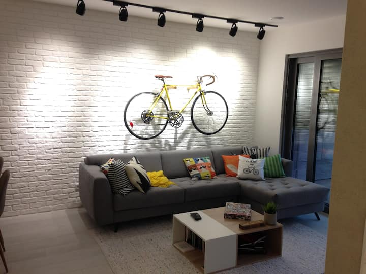 Modern apartment, 15 min walk from Lux. centre