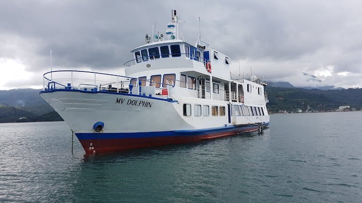 M/V Dolphin, experience staying in a cruise ship