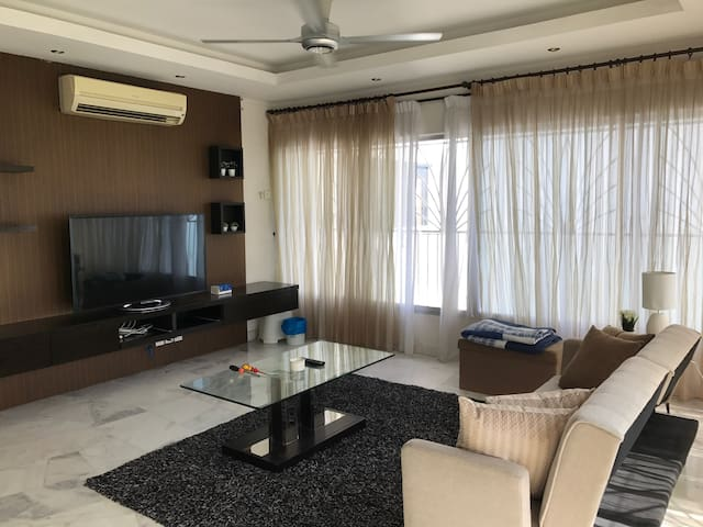 Gurney seafront - Georgetown - Appartement