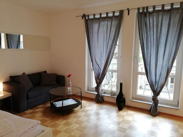 Studio apartment with balcony for 3 persons (3PmB)