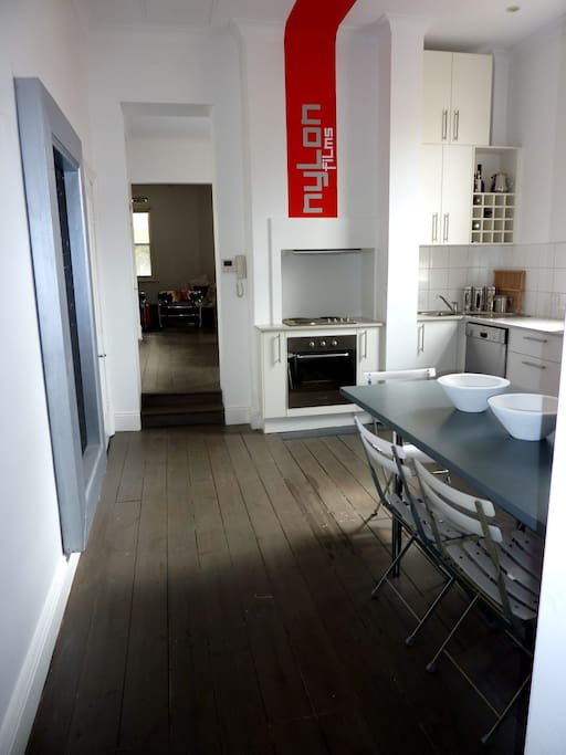 Luxurious 80 sqm  apartment in Melbourne St North Adelaide