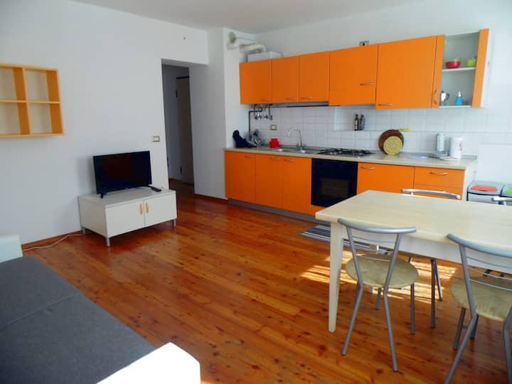 Convenient mini, strategic position - 1st floor