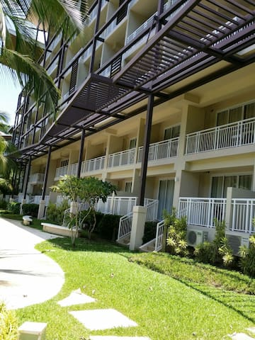 Pico de loro beach resort 2bedroom - Nasugbu - Appartement