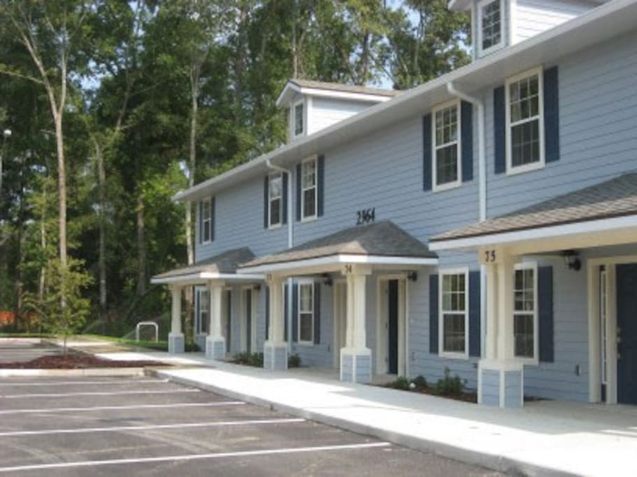 Private 1 BR In 2 3 Lovely Townhome Houses For Rent In Gainesville Florida