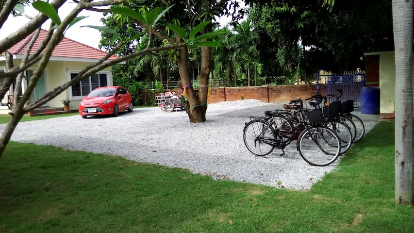 Parking for guests car/motorbike - bikes free use to guest