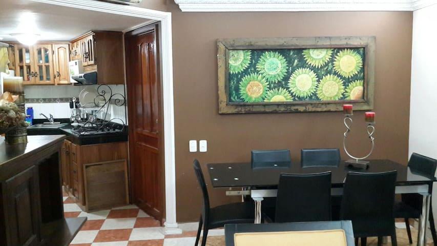 Apartamento amoblado cerca de playa - Cartagena - Kondominium