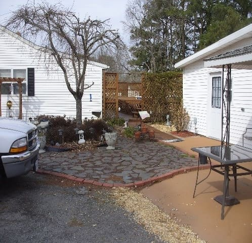Side Yard to back entrance