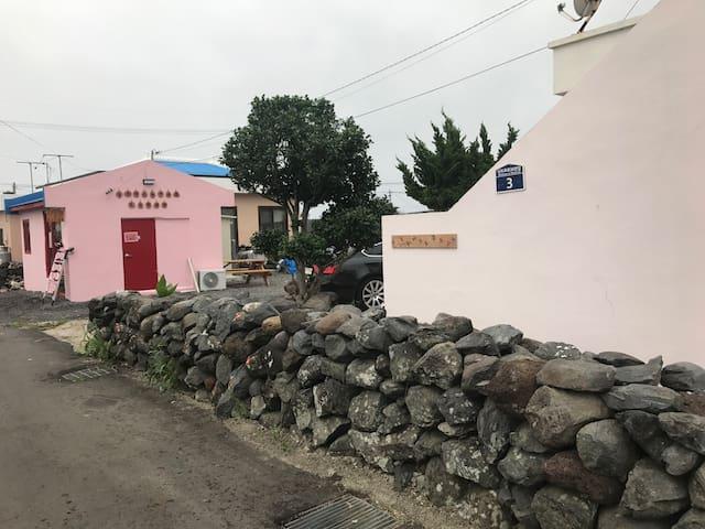 [NEW OPEN4C]예술인의 마을 늘솜 게스트하우스 바람이 좋아 당신이 좋다.(여성전용)