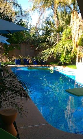 Perfect Biltmore spot~private pool!