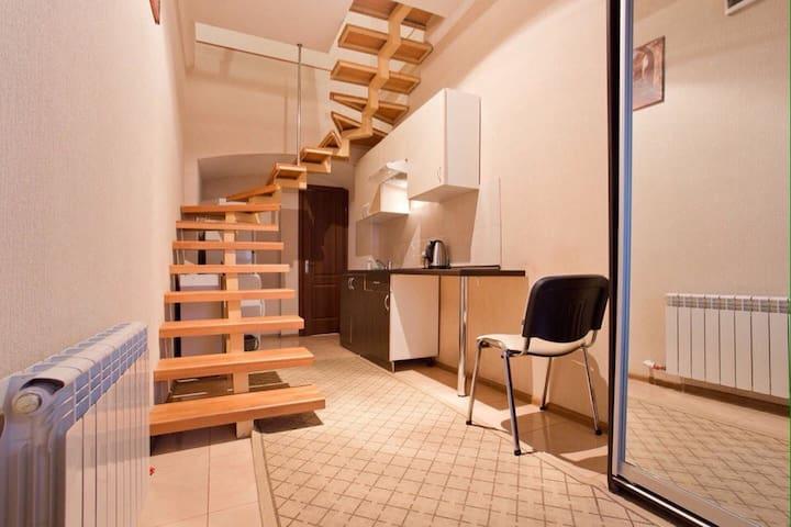 Небольшая квартира в центре Одессы - Odesa - Flat