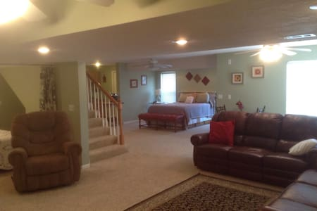 Country Retreat Near KCI Airport - Platte City - Autre