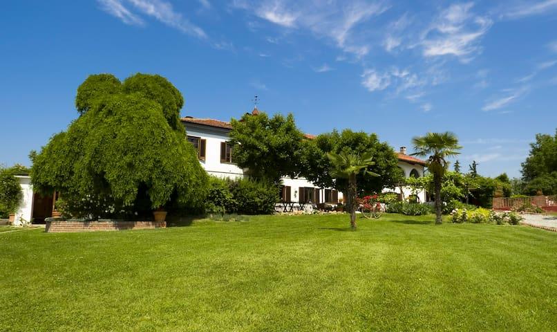 La Paracca - Villanova - Villa