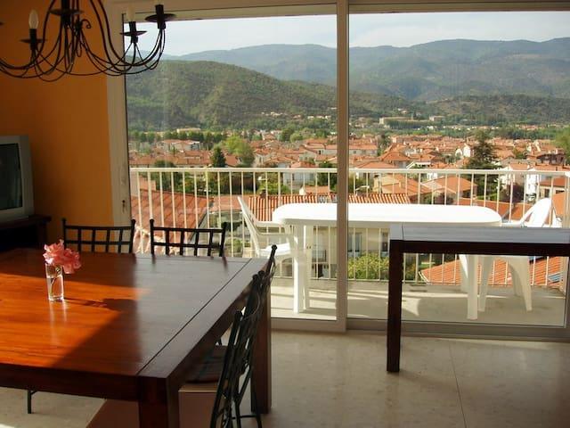 Comfy Villa View Garden Lake Ski  - Prades - Rumah