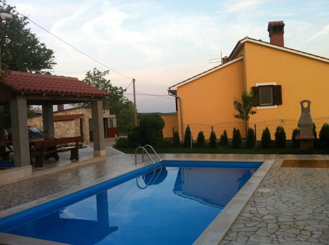 Apartments Semy 2 - Pazin - Apartment