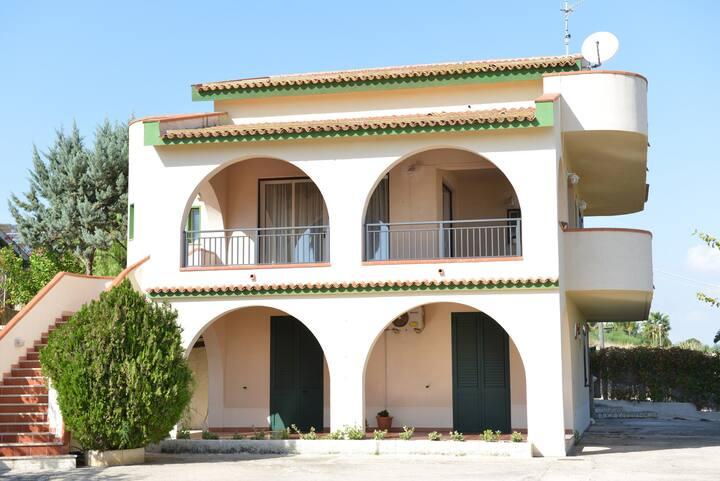 Apartment in villa (nera the sea)