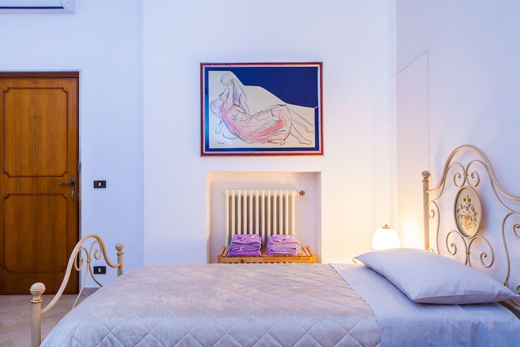 Apulia 70 superior room wifi cuisine climatis for Louer chambre sans fenetre