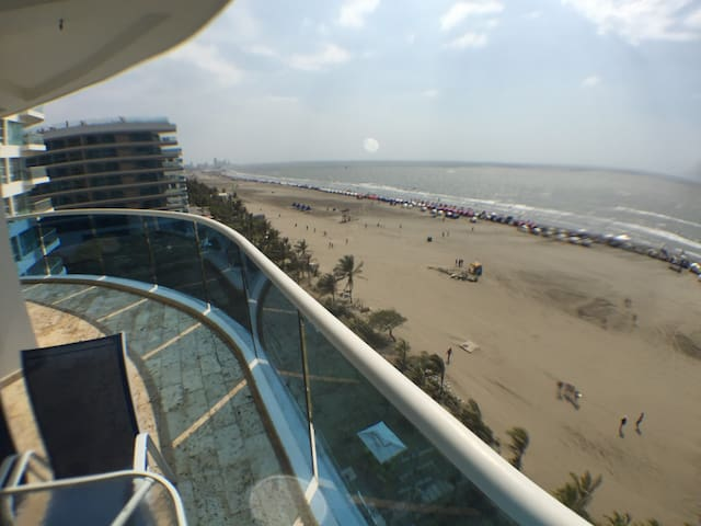 Spectacular Apartment Directly on the Beach! - La Boquilla - Ortak mülk