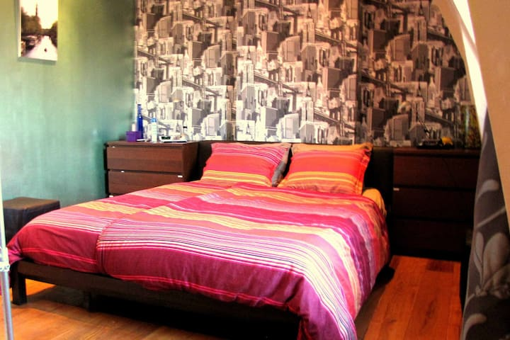 Bed room with extra long size bed (220cm)