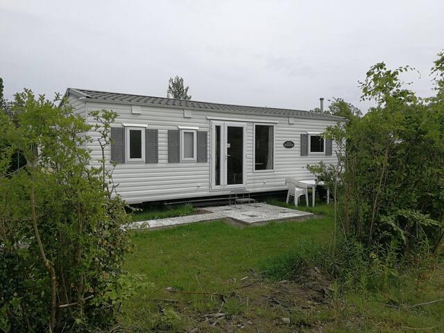 Groot Chalet (86)  en luxe vlak bij zee en bossen.