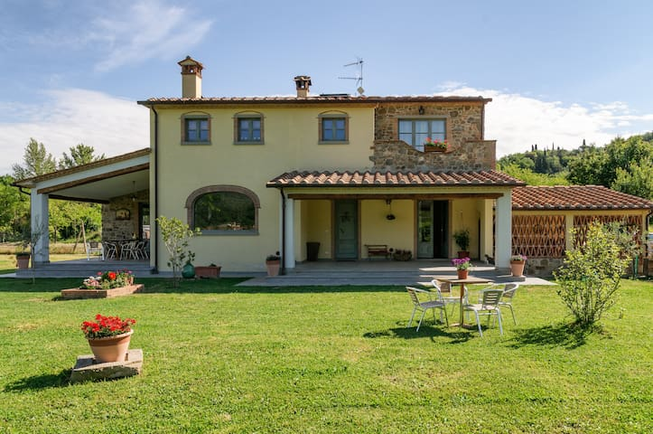 """ Le Tre Civette"" Country House - Arezzo - Apartment"