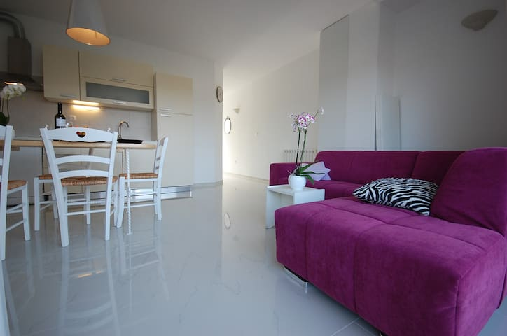 Stylish Kurykta apartment - Krk - Apartment