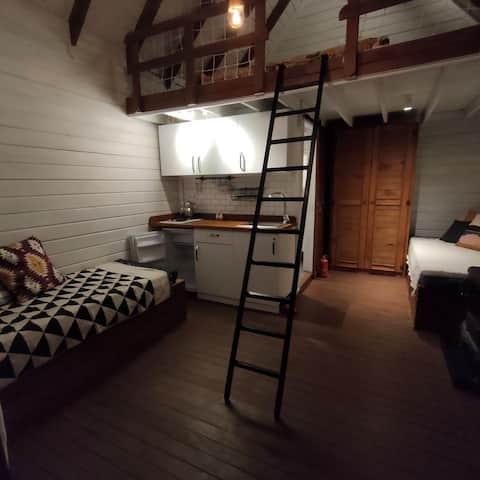 Tiny House med djungelutsikt - du har hela bungalowen för dig själv
