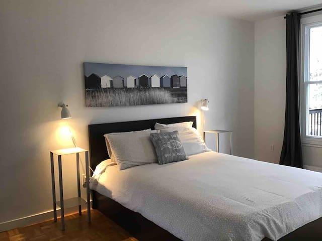 Appartement complètement rénové dans Homa :)