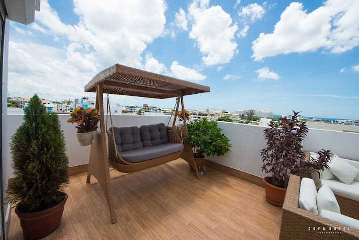 Think of all the ways you can relax on this huge, private terrace.  Most guests spend more time on the 400sq ft (40 meter) terrace than they do in the actual apartment.  It's the one thing we offer our guests that you won't find at most other AirBnB's in the area.