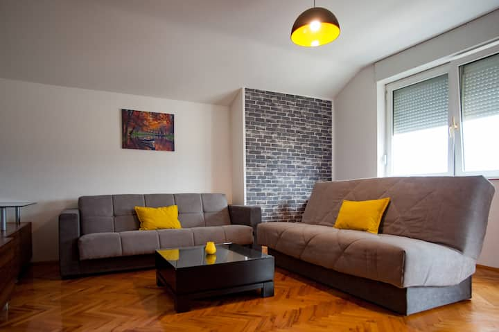 Gevgelija Downtown Apartment for max 8 people